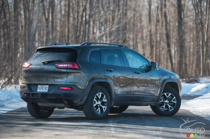 2016 Jeep Cherokee Trailhawk Review | Car Reviews | Auto123