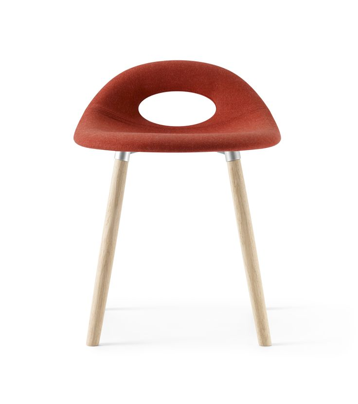 Full padded red and low height SayO Bar Stool with wood legs. Find out more on www.sayo.dk.