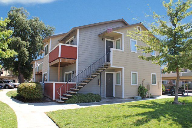 Check Out Bridges At Five Oaks Apartments In North Highlands California Income Restrictions May Apply Foothill Farms Oaks Apartment