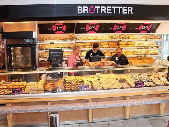 Cute In der ersten BrotRetter Filiale in Hamburg werden Brot Br tchen und Kuchen