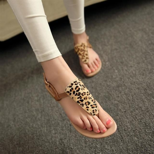 2015 verão novos sapatos baixos clipe toe sandálias confortáveis com leopardo vento sandálias de praia em Sandálias de Sapatos no AliExpress.com | Alibaba Group