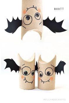 Halloween toilet roll bats