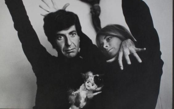 """Leonard Cohen died today, something he has been ready to do for a while. Back in July, he wrote a touching final letter to his muse, lover and friend Marianne Ihlen upon hearing that she was dying, telling her """"we are really so old and our bodies are falling apart and I think I will follow you very soon.""""  ᘡℓvᘠ❉ღϠ₡ღ✻↞❁✦彡●⊱❊⊰✦❁ ڿڰۣ❁ ℓα-ℓα-ℓα вσηηє νιє ♡༺✿༻♡·✳︎· ❀‿ ❀ ·✳︎· FR NOV 11, 2016 ✨ gυяυ ✤ॐ ✧⚜✧ ❦♥⭐♢∘❃♦♡❊ нανє α ηι¢є ∂αу ❊ღ༺✿༻✨♥♫ ~*~ ♪ ♥✫❁✦⊱❊⊰●彡✦❁↠ ஜℓvஜ"""