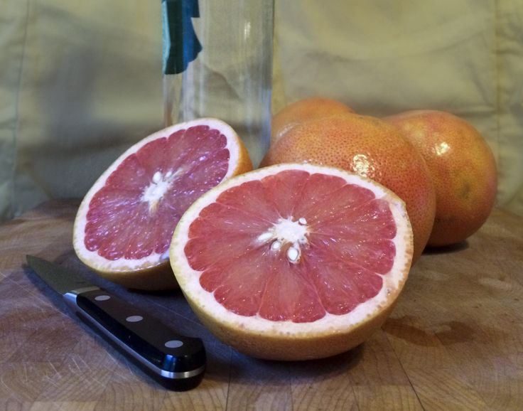 Grapefruit Infused Gin – One tomato, two tomato