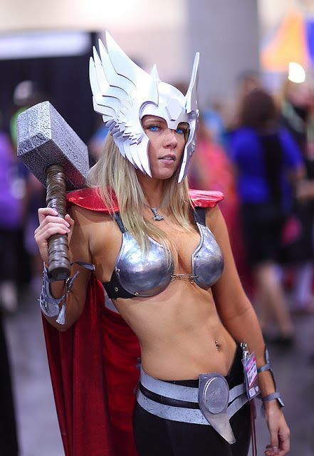 Female Thor. Better than the original?  Model: Toni Darling at the 2012 Phoenix Comicon