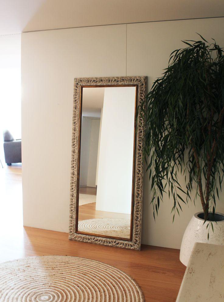 La nueva casa de Sara Carbonero en Oporto con muebles Kenay Home - espejo
