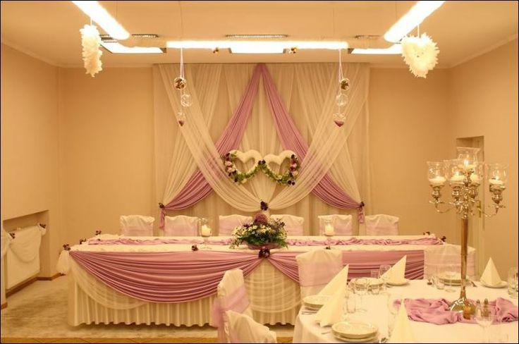 centrum weselnego stołu