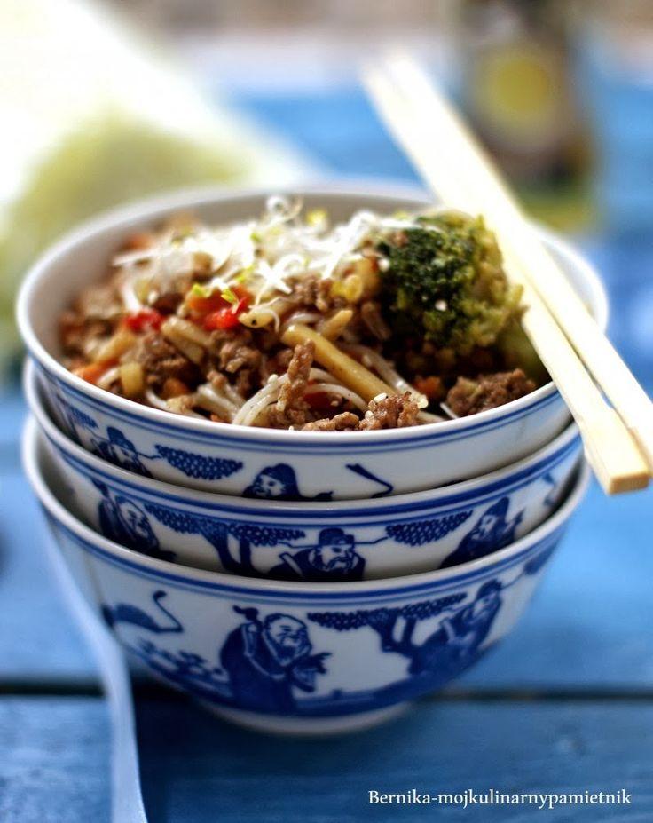Bernika - mój kulinarny pamiętnik: Chińszczyzna z mieloną wołowiną#more