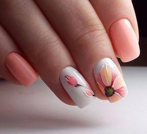 uñas durazno y blanco flor