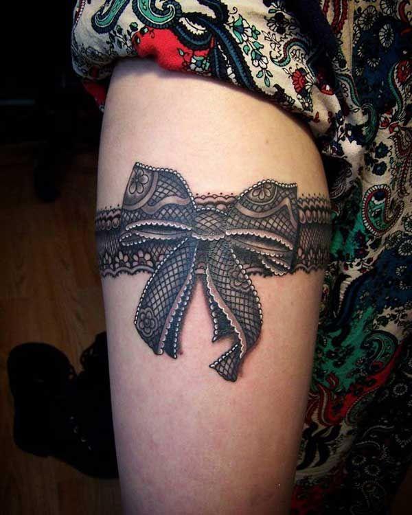 siyah kurdele jartiyer dövme modelleri