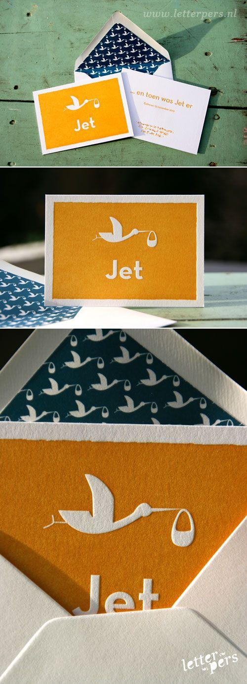 letterpers_letterpress_geboortekaartje_jet_ooievaar_gevoerde_enveloppen