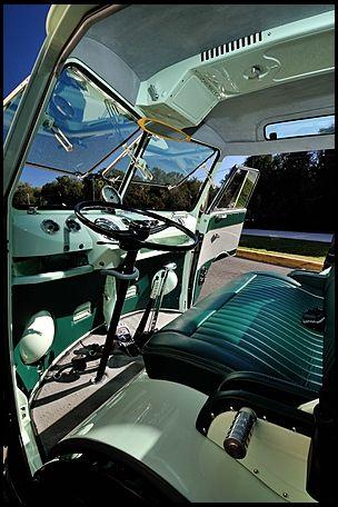 1967 Volkswagen Custom 21 Window Bus Resto Mod Photo 4