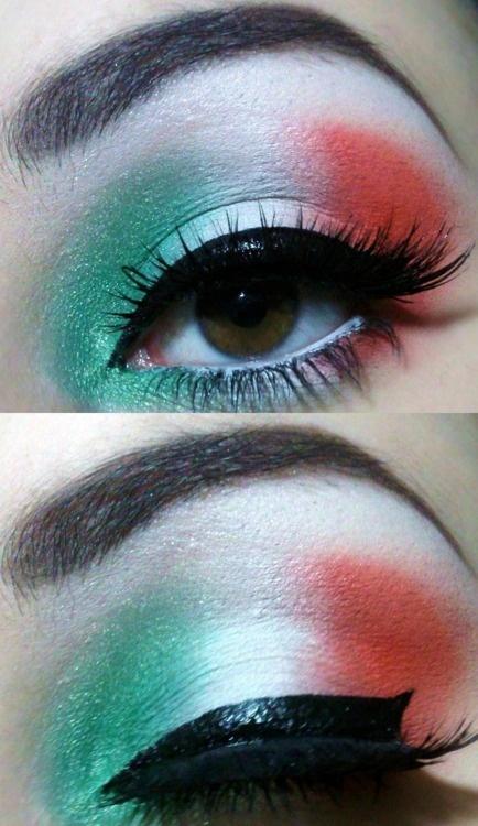 Italian flag makeup. green white red eye makeup with fake eyelashes.