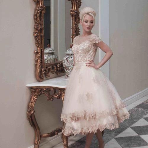 159 best Wedding Dress images on Pinterest | Wedding dressses ...