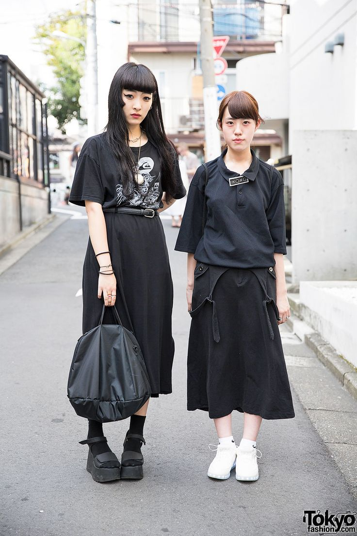 Tokyofashioncom  Harajuku Girls In Black Resale Fashion -3912