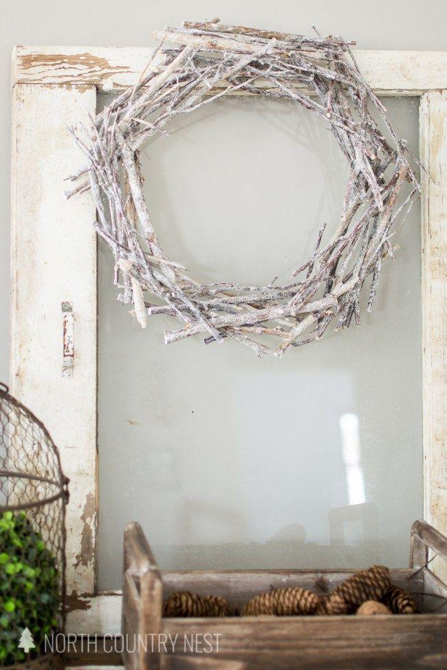 DIY winter twig wreath, winter decor ideas, DIY wreath, twig wreath, natural wreath, DIY winter wreath #DIYwreath #winterdecor