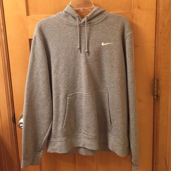 Grey Nike hoodie In almost perfect condition. No stains or rips. Bought from another user, but they said it was a woman's large and it ended up being men's so it's too big. Will sell or trade. Trade preferably for this same hoodie but medium Nike Sweaters
