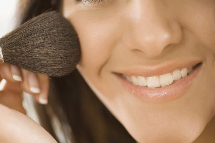 Cómo utilizar maquillaje con cabello y ojos café oscuros y piel pálida | Muy Fitness