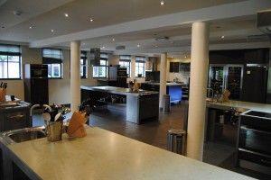 Gemoderniseerde kookschool 't Pannehuis is voorzien van werkbladen Silestone by Arte.