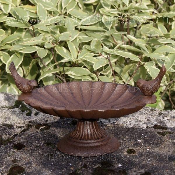 Mangeoire bain d 39 oiseaux oval sur pied en fonte patine rouille nichoirs mangeoires et bains - Nettoyer rouille sur fonte ...
