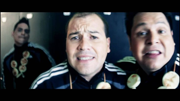 Los cantores de Chipuco Elvis Naga Video Oficial