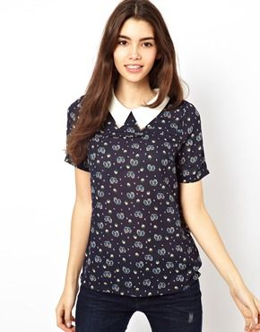 I love this shirt, especially with the collar...too bad they think a size M is a 10!