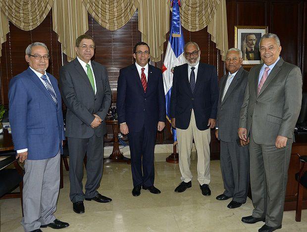 RD acogerá asambleas de la CELAC y la OEA; Canciller explica lo concerniente a diarios nacionales