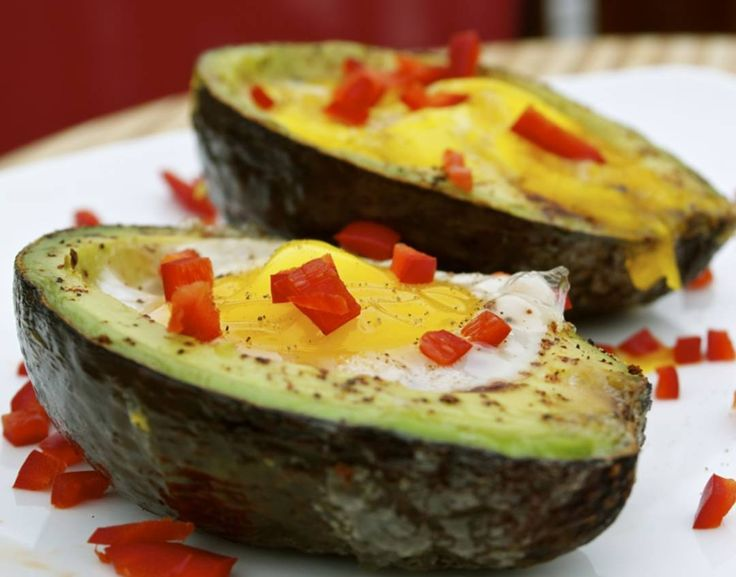 Avocado Eggs on theGrill with Code 3 Spices 5-O sweet and zesty blend  Recipe type:Breakfast  Cuisine:BBQ Prep time:5 mins Cook time:5 mins Total time:10 mins Serves:2 Grilled Breakfast: Eggs grilled inside avocado halves and topped with a little diced red jalapeno pepper  Ingredients  1 ripe avocadoBBQ rub (Code 3 Spices 50 rub in thiscase)2 eggsSalt and pepper totaste1 red jalapeno finely diced (optional)1 tomato chopped  Run a knife blade around the circumference of the pit of the avocado…