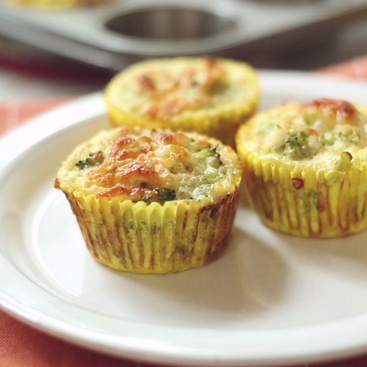 Broccoli + Quinoa + Eggs = Amazing Breakfast Muffins
