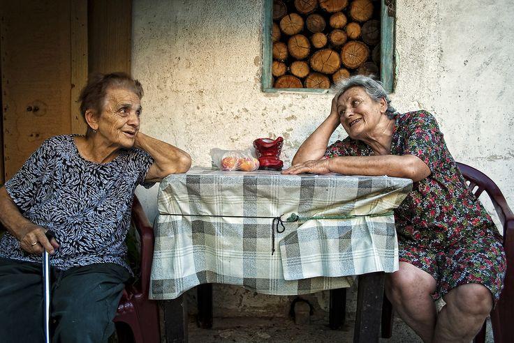 Photo of the Day: Friendship Photography byMina Delic (Senta, Serbia);Niš, Serbia