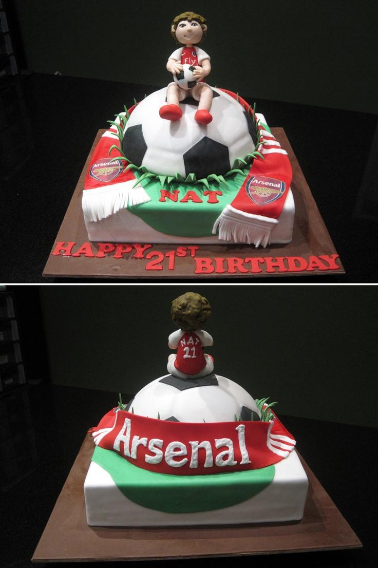 Arsenal FC Cake by Sliceofcake.deviantart.com