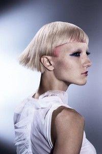 Креативное окрашивание на очень короткие волосы