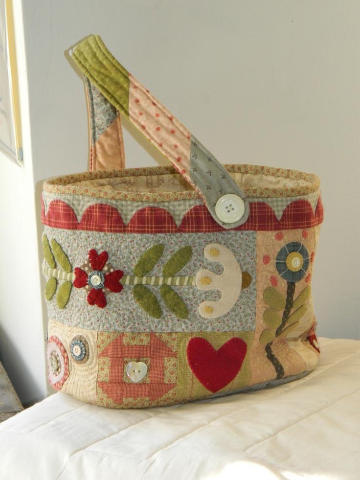Basket Bag. Oh Suzie I really like this!