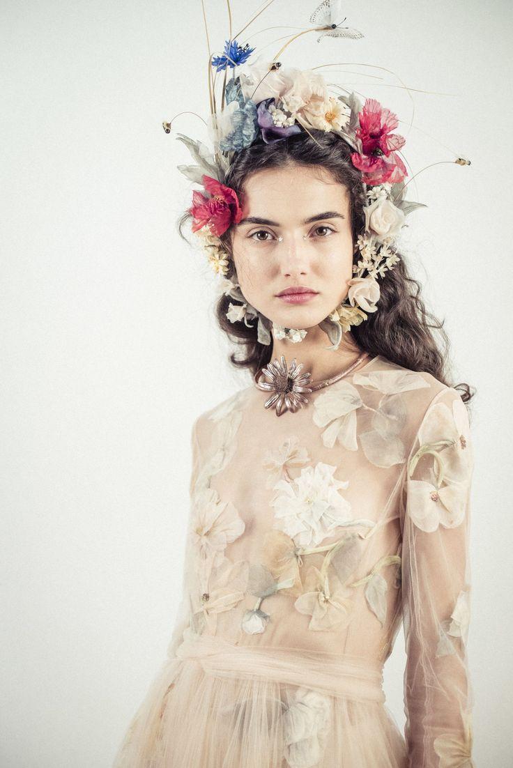 229 best Hair & Make-up Runway images on Pinterest | Dolce & gabbana ...