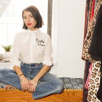 Real Cool Apartments NYC with stylist Kat Typaldos. Peek inside her 2-bedroom Greenpoint, Brooklyn home.