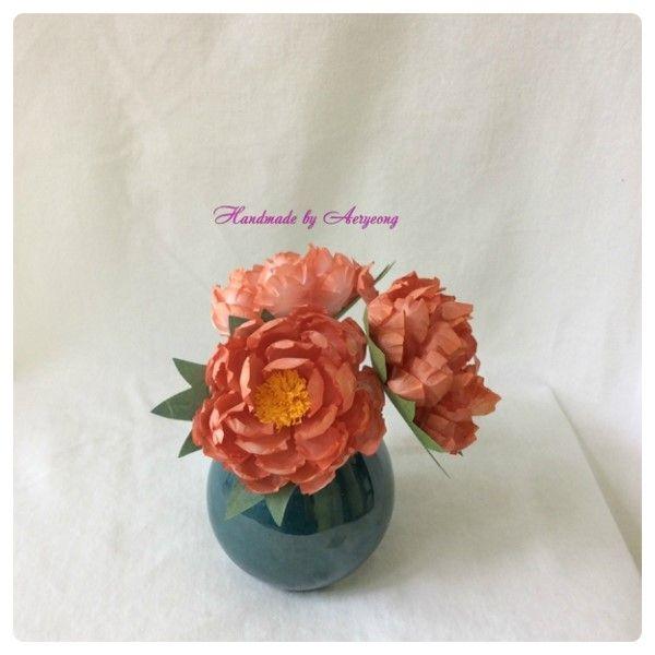 한지에 로그우드로 천연염색해서 만든 오렌지색 만행화 Creation Art Flower of Korean Paper,Hanji Flower Crafts (Natural Dyeing with logwood)  http://blog.naver.com/koreapaperart               #조화공예 #종이꽃 #페이퍼플라워 #한지꽃 #아트플라워 #조화 #조화인테리어 #인테리어조화 #인테리어소품 #에바폼 #디퓨저 #주문제작 #수강문의 #광고소품 #촬영소품 #디스플레이 #artflower #koreanpaperart #hanjiflower #paperflowers #craft #paperart #handmade #만행화