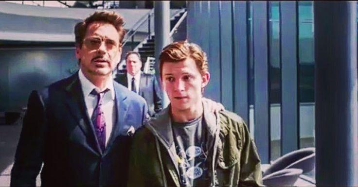 Es hora de ponerse el traje! Nueva promo de Spiderman Homecoming Toda la Info en culturaserie.com @SpiderManMovie @spidermanmovie @marvel @spidermanhomecoming #Heroes @ironmanmovies