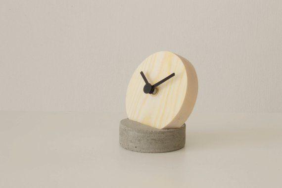 Umbra Sometime Desk Mantel Table Clock White /& Natural Modern Designer