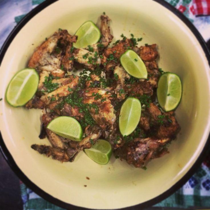 Alitas de pollo con jengibre y salsa de soja.