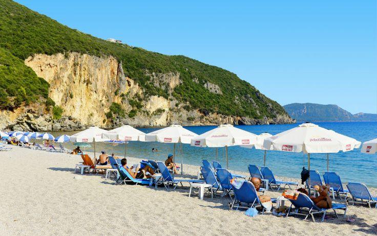 Rejs på ferie til Parga, hvor der er smukke strande og ægte græsk stemning. Se mere på http://www.apollorejser.dk/rejser/europa/graekenland/parga-ammoudia-og-sivota/parga