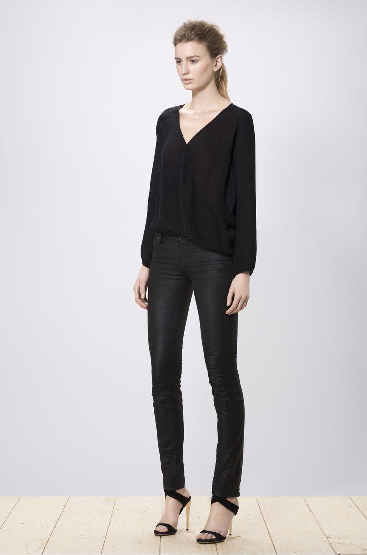 Hideko blouse black