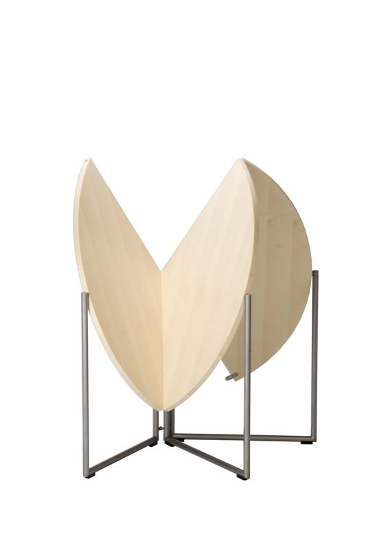 Big Round Tables Are Sure Handy To Have But Storage Is A Problem. Nils  Frederkingu0027s Award Winning Folding Table And Chairs Show His Technical  Skills At ...