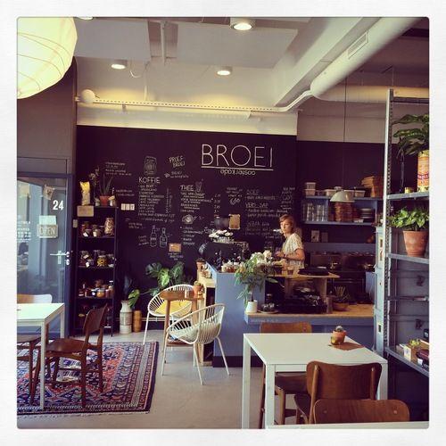Lunchen in Utrecht? Lekkere koffie, broodjes en salades. BROEI de hotspot in Utrecht! Check de review: http://www.mytravelboektje.com/?p=328
