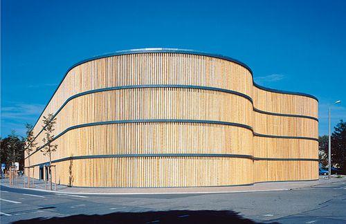 Bamboo facade parking garage - Leipzig Zoo, Germany (via HPP Architects)