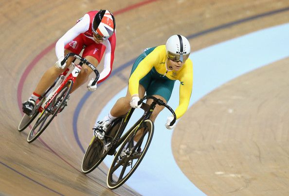 Stephanie Morton Photos - Stephanie Morton of Australia and Danni Kahn of England compete in the Women's Sprint Quarter Final at Sir Chris Hoy Velodrome during day three of the Glasgow 2014 Commonwealth Games on July 26, 2014 in Glasgow, United Kingdom. - 20th Commonwealth Games - Day 3: Track Cycling