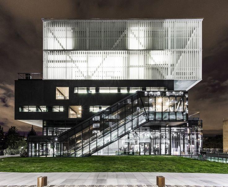 Gallery of Pontificia Universidad Javeriana School of Arts / La Rotta…