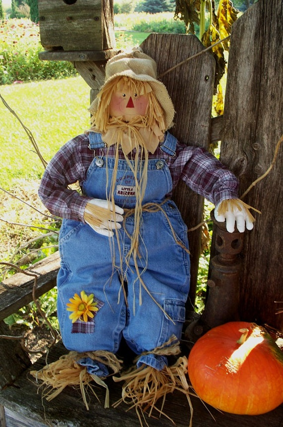 Fall Scarecrow  29 inches by SunshineAnniedesigns on Etsy, $38.00
