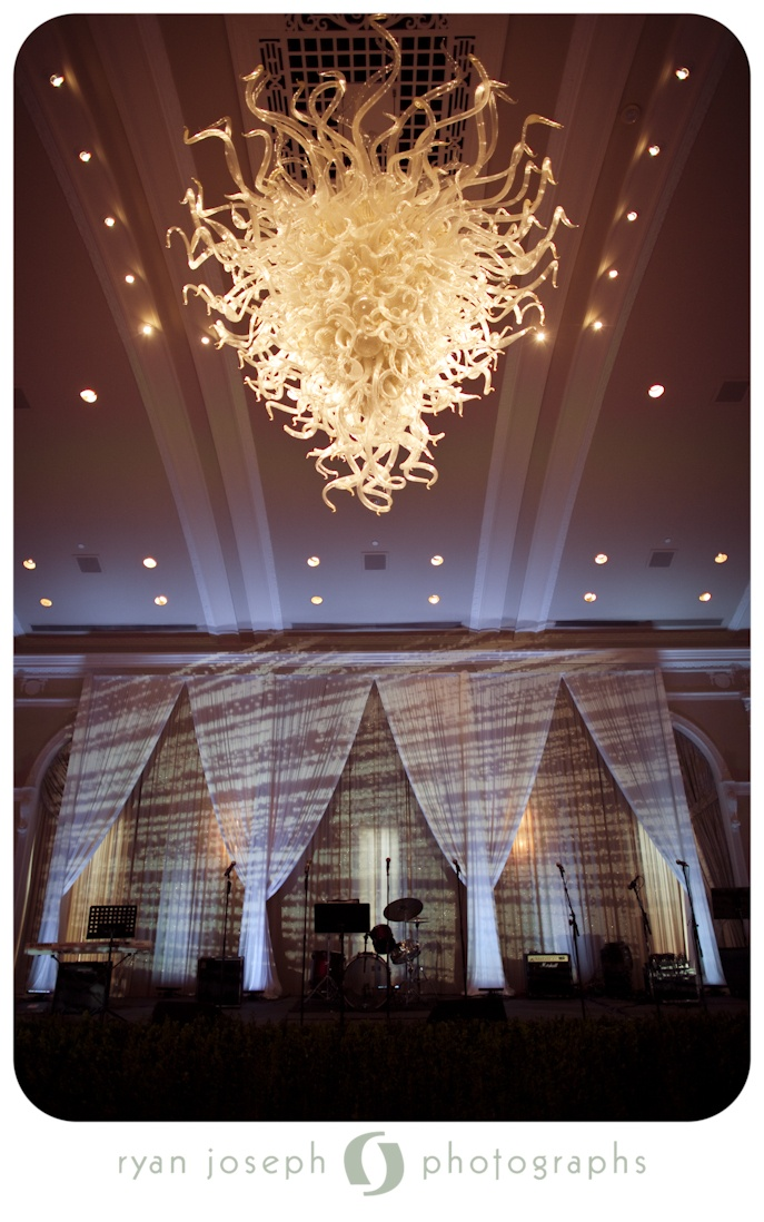 Patterns from VL2500 movign lights create an interestign stage wash for a band. & 18 best Bay Stage Lighting images on Pinterest | Stage lighting ... azcodes.com