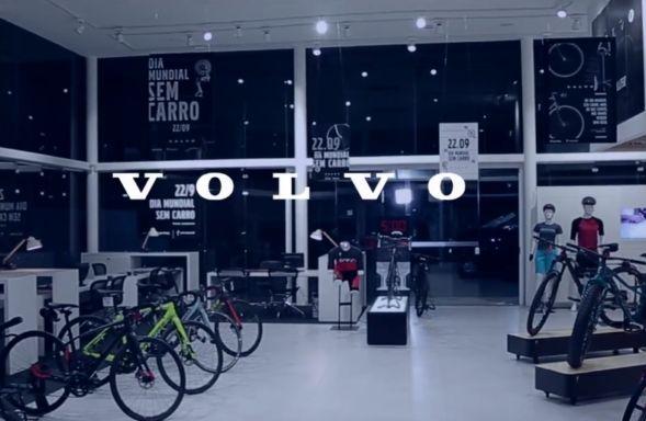 No Dia Mundial Sem Carro 2016, a montadora sueca Volvo tirou os carros de…