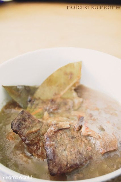 Bitki wołowe w sosie grzybowo-cebulowym